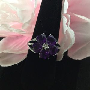 Jewelry - Sterling Silver Amethyst flower ring size 8
